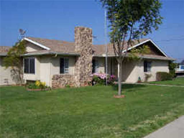 Main Photo: IMPERIAL BEACH Home for rent : 3 bedrooms : 932 Ebony Ave