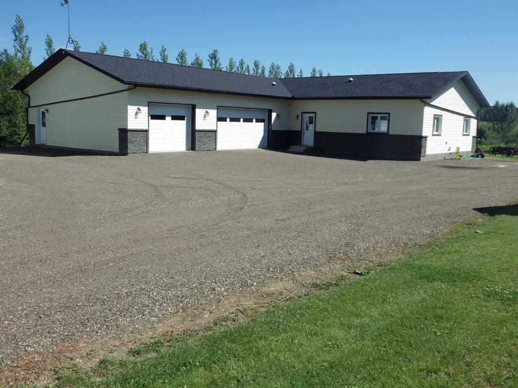 FEATURED LISTING: 13 - 24057 Township Road 422 North Rural Ponoka County