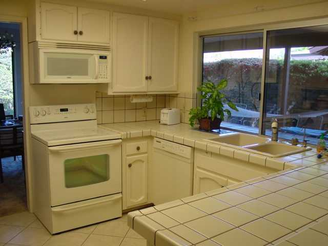 Photo 3: RANCHO BERNARDO Home for sale or rent : 3 bedrooms : 16487 Gabarda Rd in San Diego