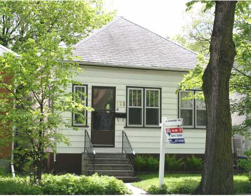 Main Photo:  in WINNIPEG: Fort Rouge / Crescentwood / Riverview Residential for sale (South Winnipeg)  : MLS(r) # 2910362