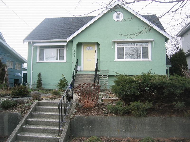 Photo 2: 1935 LONDON Street in New_Westminster: West End NW House for sale (New Westminster)  : MLS(r) # V752198