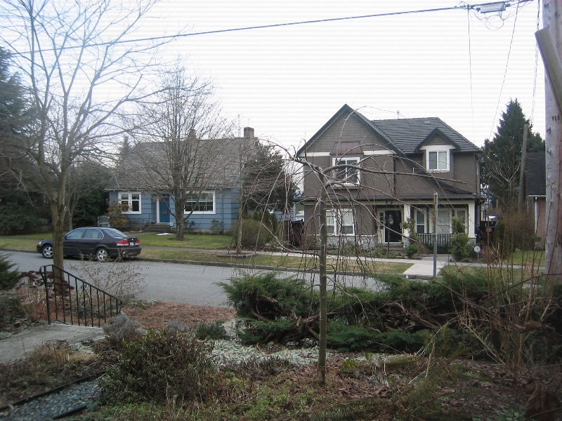 Photo 3: 1935 LONDON Street in New_Westminster: West End NW House for sale (New Westminster)  : MLS(r) # V752198