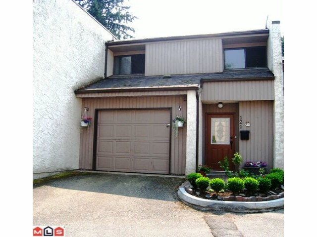 "Main Photo: 121 3455 WRIGHT Street in Abbotsford: Abbotsford East Townhouse for sale in ""LABURNUM MEWS"" : MLS® # F1021224"