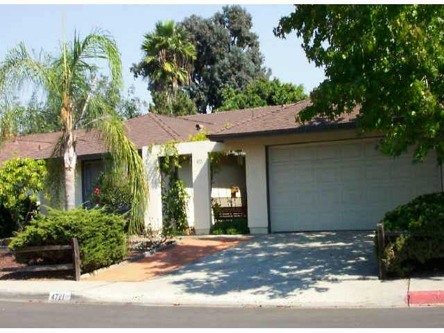 Main Photo: CLAIREMONT Residential for sale : 4 bedrooms : 4721 PRINTWOOD COURT in San Diego