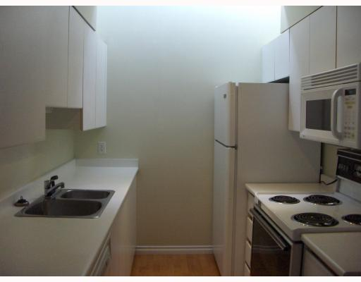 "Photo 2: 3019 WILLOW Street in Vancouver: Fairview VW Townhouse for sale in ""WILLOW GATE"" (Vancouver West)  : MLS(r) # V748002"