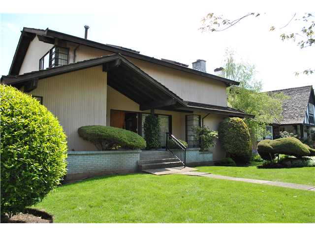 "Main Photo: 6210 FREMLIN Street in Vancouver: Oakridge VW House for sale in ""OAKRIDGE"" (Vancouver West)  : MLS®# V828856"