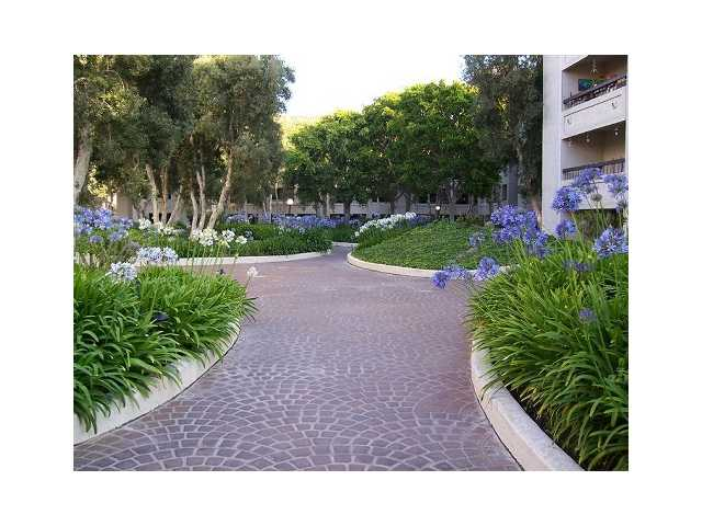Photo 13: MISSION VALLEY Condo for sale : 2 bedrooms : 5705 Friars #36 in San Diego