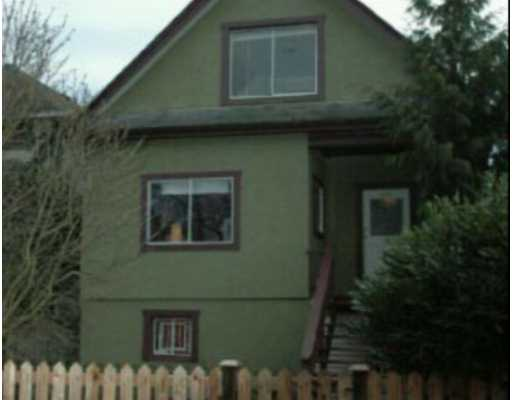 Main Photo: 1648 E 10TH Ave in Vancouver: Grandview VE House for sale (Vancouver East)  : MLS(r) # V628335
