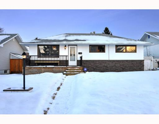 Main Photo: 3128 44 Street SW in CALGARY: Glenbrook Residential Detached Single Family for sale (Calgary)  : MLS® # C3408446
