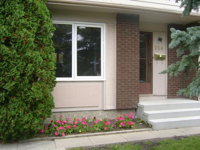 FEATURED LISTING: 124 BERNADINE Crescent WINNIPEG