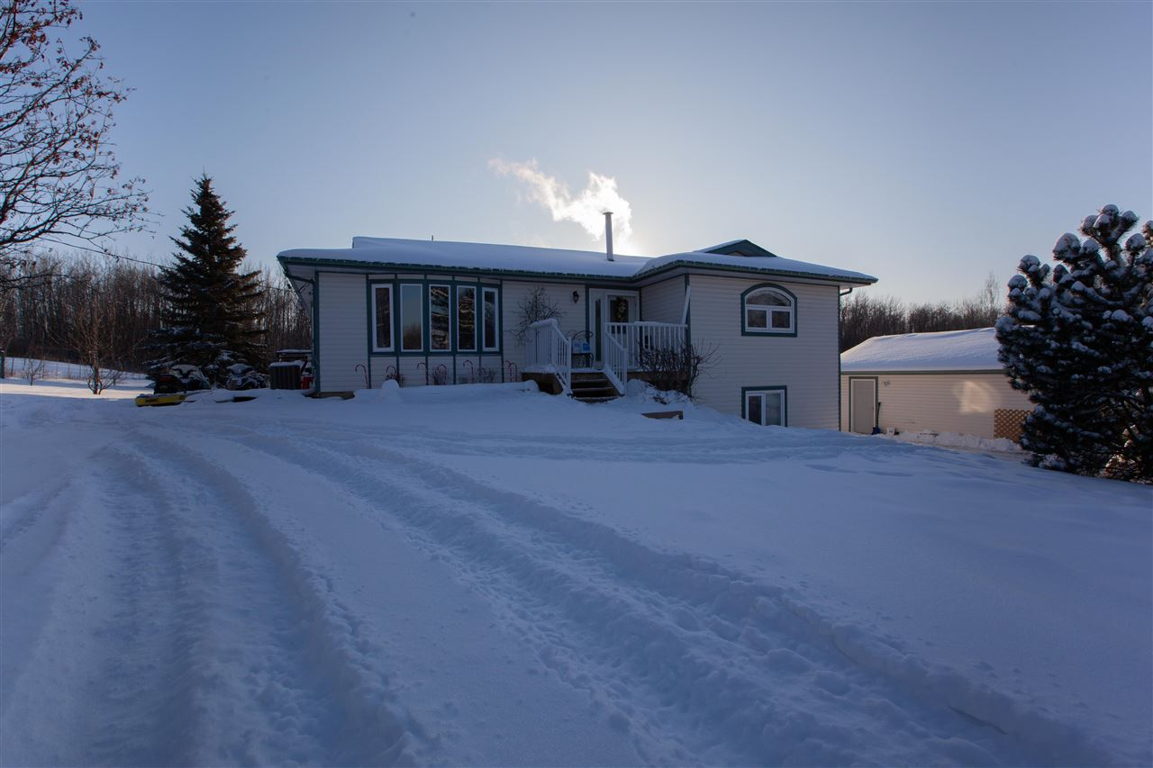 FEATURED LISTING: 23 27507 TWP RD 544 Rural Sturgeon County