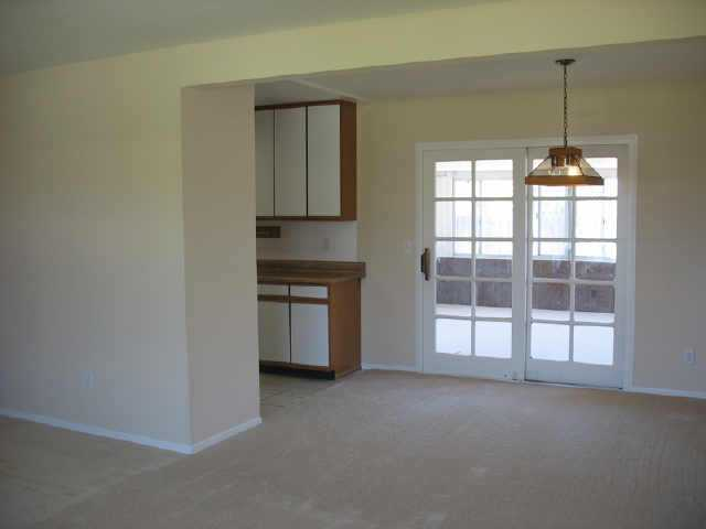 Photo 3: CLAIREMONT Residential for sale : 3 bedrooms : 5134 Uniontown Rd in San Diego