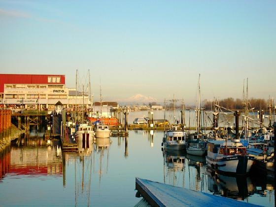 Just a short stroll to picturesque Steveston Village and its many shops and restaurants