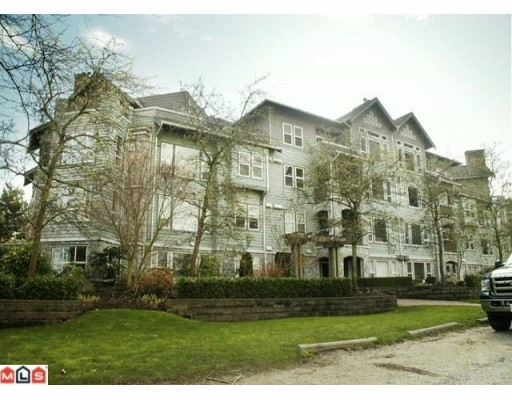 "Main Photo: 405 15558 16A Avenue in Surrey: King George Corridor Condo for sale in ""THE SANDRINGHAM"" (South Surrey White Rock)  : MLS® # F1005469"