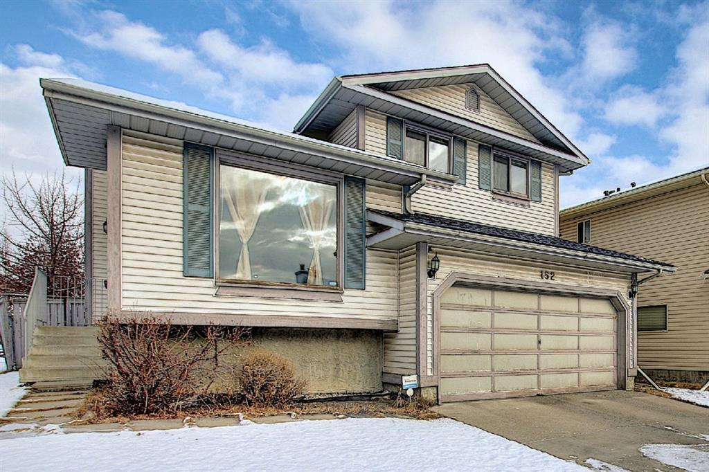 FEATURED LISTING: 152 Woodmark Crescent Southwest Calgary