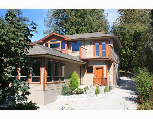 Main Photo: 6224 SUNSHINE COAST Highway in Sechelt: Sechelt District House for sale (Sunshine Coast)  : MLS® # V787565