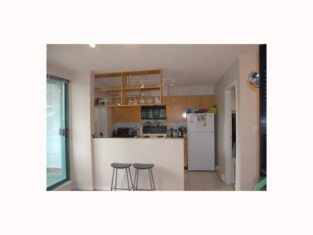 "Photo 3: 702 939 HOMER Street in Vancouver: Downtown VW Condo for sale in ""PINNACLE"" (Vancouver West)  : MLS(r) # V814028"
