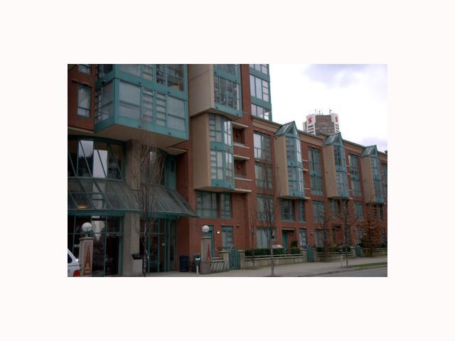 "Photo 2: 702 939 HOMER Street in Vancouver: Downtown VW Condo for sale in ""PINNACLE"" (Vancouver West)  : MLS(r) # V814028"