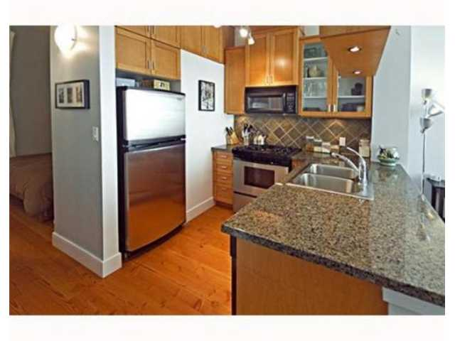 "Photo 5: 404 8988 HUDSON Street in Vancouver: Marpole Condo for sale in ""THE RETRO"" (Vancouver West)  : MLS(r) # V858846"