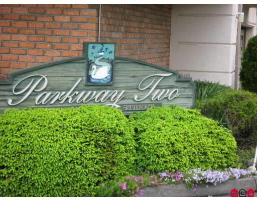 "Photo 2: 301 5363 206TH Street in Langley: Langley City Condo for sale in ""PARKWAY 2"" : MLS(r) # F2910004"