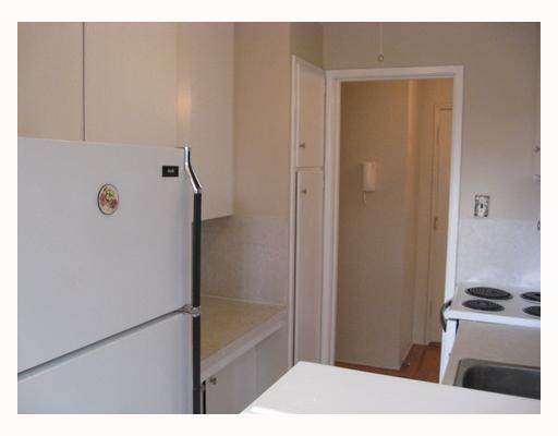 "Photo 5: 102 2776 PINE Street in Vancouver: Fairview VW Condo for sale in ""PRINCE CHARLES APARTMENTS"" (Vancouver West)  : MLS® # V808185"