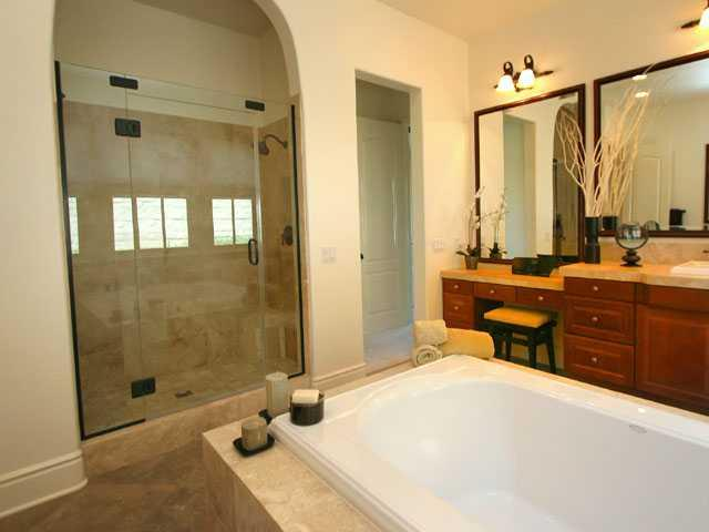 Photo 10: RANCHO SANTA FE Home for sale or rent : 4 bedrooms : 16920 Going My Way in San Diego