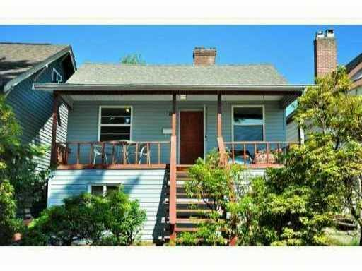Main Photo: 614 E 4TH Street in North Vancouver: Queensbury House for sale : MLS® # V863112