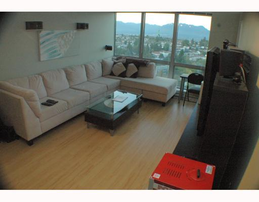 "Photo 6: 1810 3663 CROWLEY Drive in Vancouver: Collingwood VE Condo for sale in ""LATTITUDE"" (Vancouver East)  : MLS® # V789342"