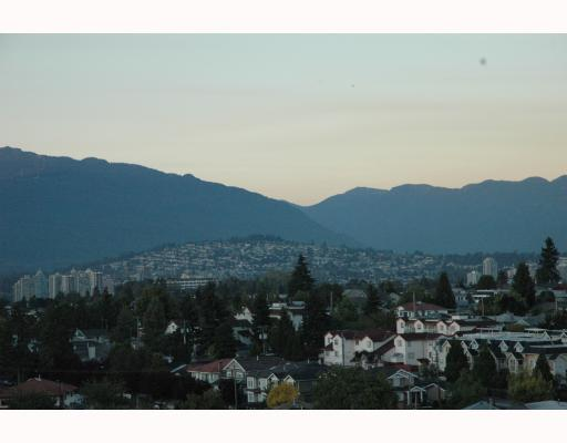 "Photo 3: 1810 3663 CROWLEY Drive in Vancouver: Collingwood VE Condo for sale in ""LATTITUDE"" (Vancouver East)  : MLS(r) # V789342"