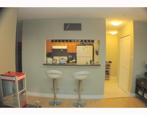 "Photo 5: 1810 3663 CROWLEY Drive in Vancouver: Collingwood VE Condo for sale in ""LATTITUDE"" (Vancouver East)  : MLS® # V789342"