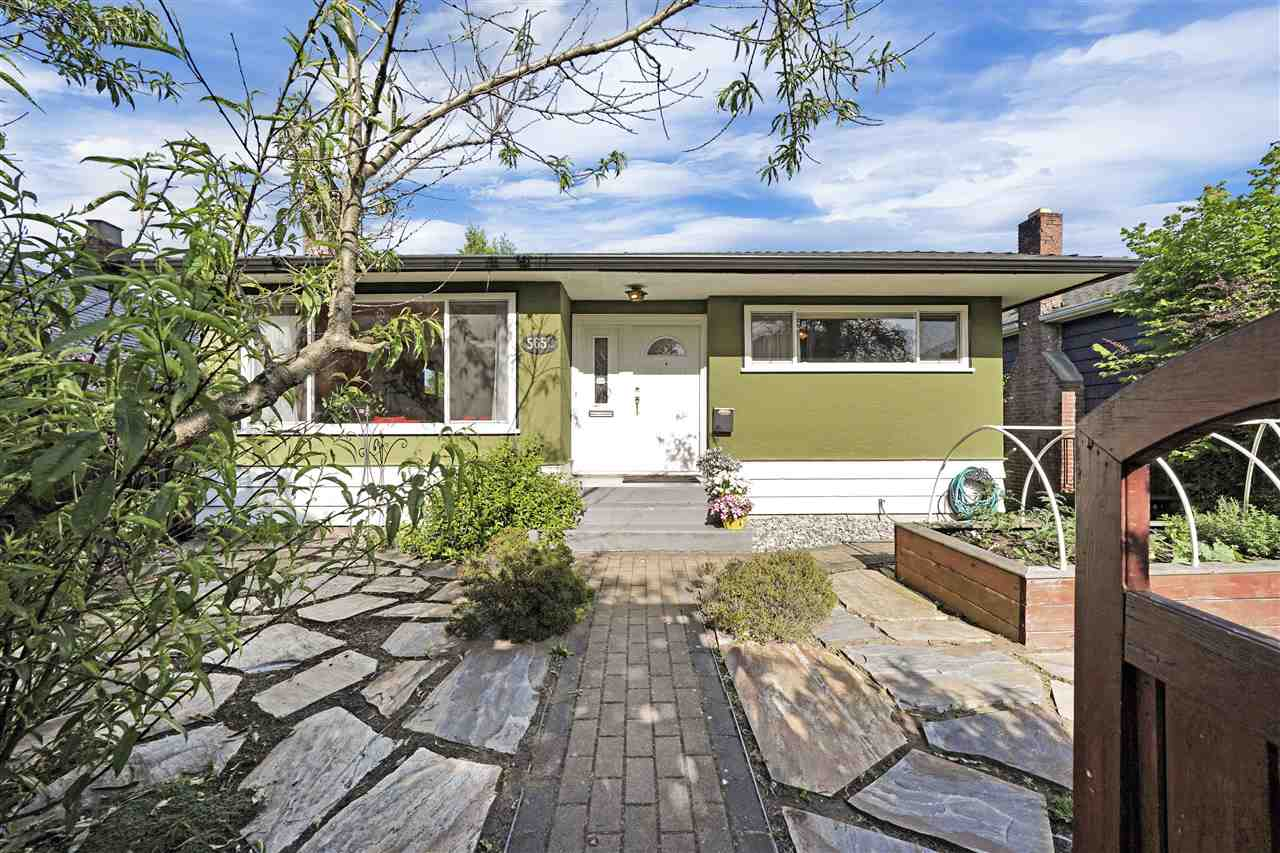 FEATURED LISTING: 5652 CHESTER Street Vancouver