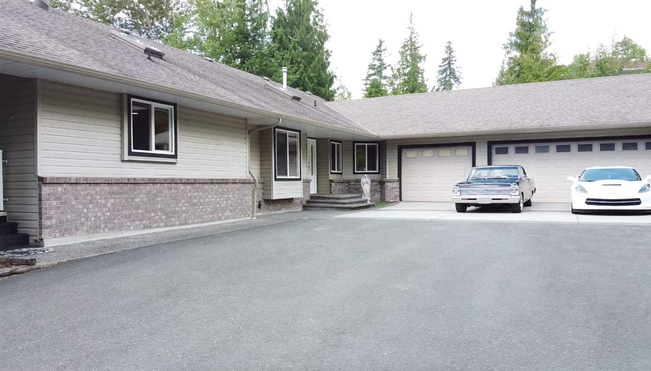 FEATURED LISTING: 12236 272 Street Maple Ridge