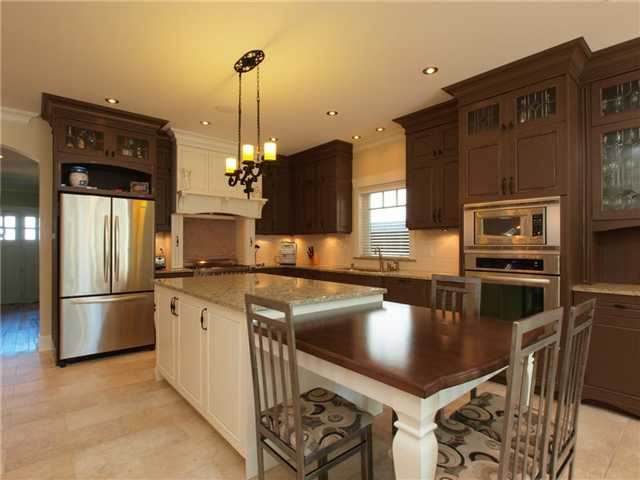 Photo 3: 206 DELTA Avenue in Burnaby: Capitol Hill BN House for sale (Burnaby North)  : MLS® # V823141