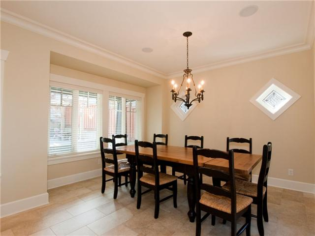 Photo 2: 206 DELTA Avenue in Burnaby: Capitol Hill BN House for sale (Burnaby North)  : MLS® # V823141