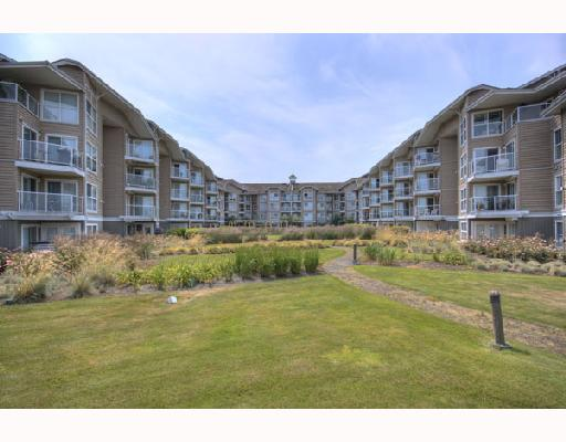 Main Photo: 127 5880 DOVER Crescent in Richmond: Riverdale RI Condo for sale : MLS®# V720230