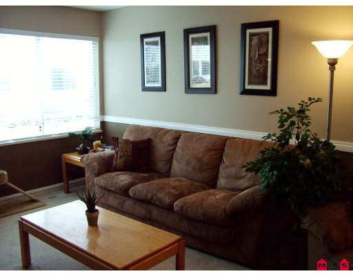 "Photo 4: 32 3087 IMMEL Street in Abbotsford: Central Abbotsford Townhouse for sale in ""CLAYBURN ESTATES"" : MLS(r) # F2910246"