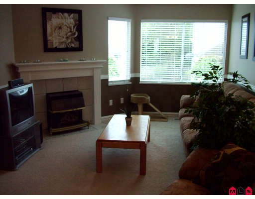 "Photo 5: 32 3087 IMMEL Street in Abbotsford: Central Abbotsford Townhouse for sale in ""CLAYBURN ESTATES"" : MLS(r) # F2910246"