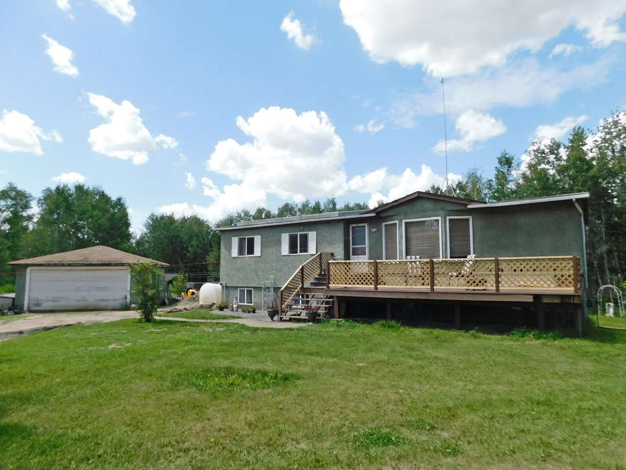 FEATURED LISTING: #1, 57018 Rg Rd 233 Rural Sturgeon County