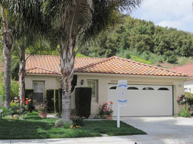 Main Photo: EAST ESCONDIDO House for sale : 3 bedrooms : 2461 Fallbrook in Escondido