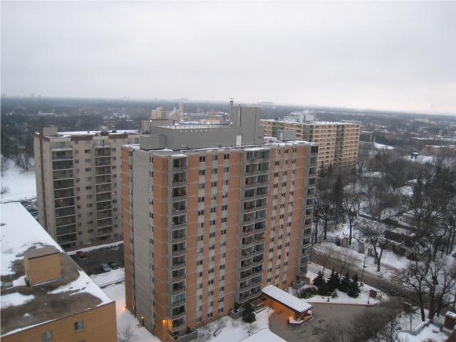 Photo 9: 55 Nassau Street North in WINNIPEG: Fort Rouge / Crescentwood / Riverview Condominium for sale (South Winnipeg)  : MLS(r) # 1002957