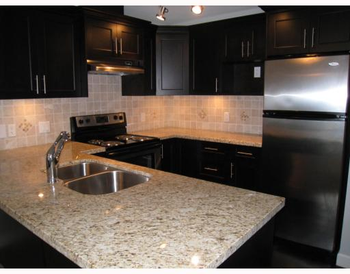 "Photo 2: 203 3150 VINCENT Street in Port_Coquitlam: Glenwood PQ Condo for sale in ""BREYERTON"" (Port Coquitlam)  : MLS(r) # V749180"