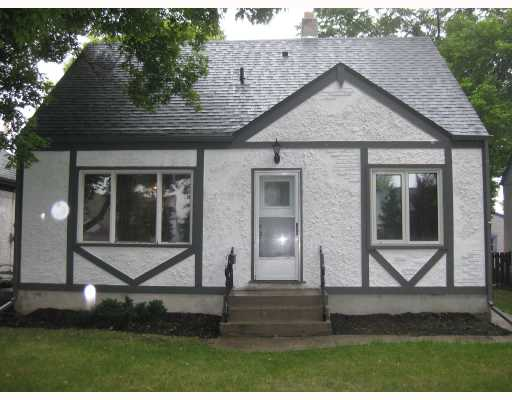 Main Photo: 338 OTTAWA Avenue in WINNIPEG: East Kildonan Residential for sale (North East Winnipeg)  : MLS®# 2815204