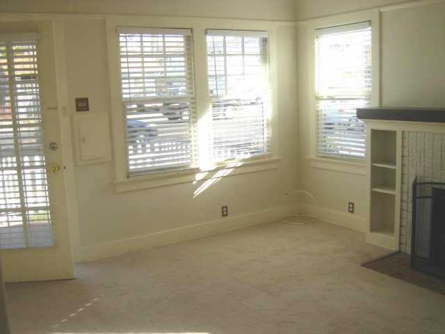 Photo 3: UNIVERSITY HEIGHTS Residential for sale : 2 bedrooms :  in San Diego
