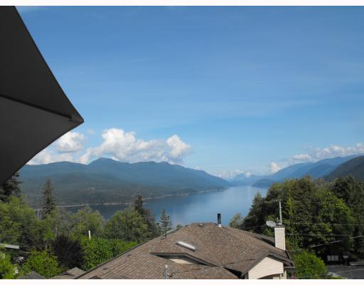 "Photo 3: Photos: 6929 MT RICHARDSON Road in Sechelt: Sechelt District House for sale in ""SANDY HOOK"" (Sunshine Coast)  : MLS(r) # V784220"