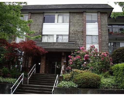 "Main Photo: 224 588 E 5TH Avenue in Vancouver: Mount Pleasant VE Condo for sale in ""McGregor House"" (Vancouver East)  : MLS® # V802445"