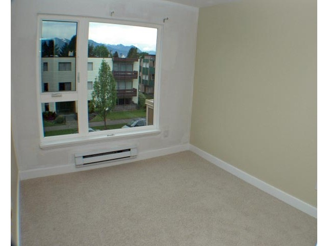 Photo 5: 302 3218 ONTARIO Street in Vancouver: Main Condo for sale (Vancouver East)  : MLS(r) # V824459