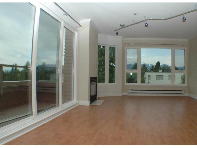 Photo 3: 302 3218 ONTARIO Street in Vancouver: Main Condo for sale (Vancouver East)  : MLS(r) # V824459