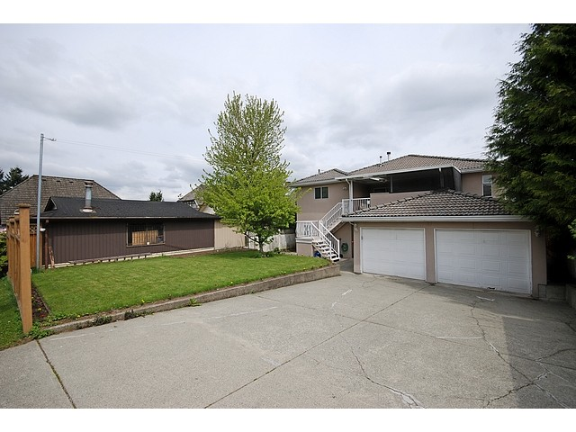 Photo 10: 812 4TH Street in New Westminster: GlenBrooke North House for sale : MLS(r) # V827407