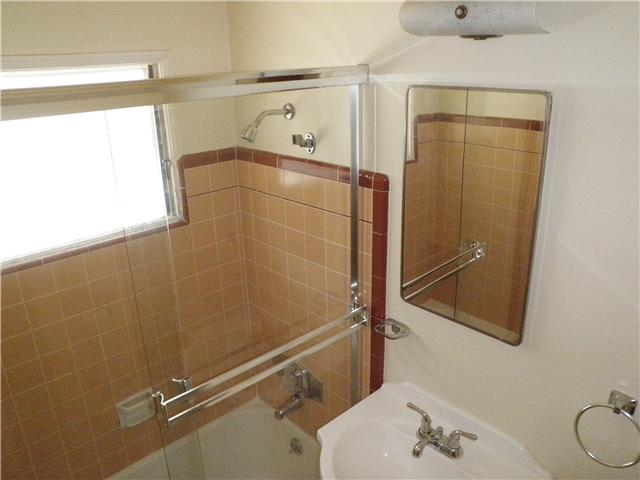 Photo 10: COLLEGE GROVE Home for sale or rent : 2 bedrooms : 6224 Stanley in San Diego