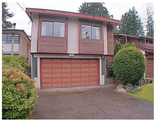 Main Photo: 1097 CANYON BV in North Vancouver: House for sale : MLS® # V833966